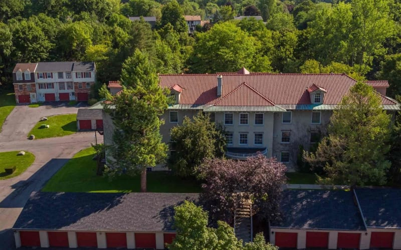 Manlius Academy apartments in Manlius, New York