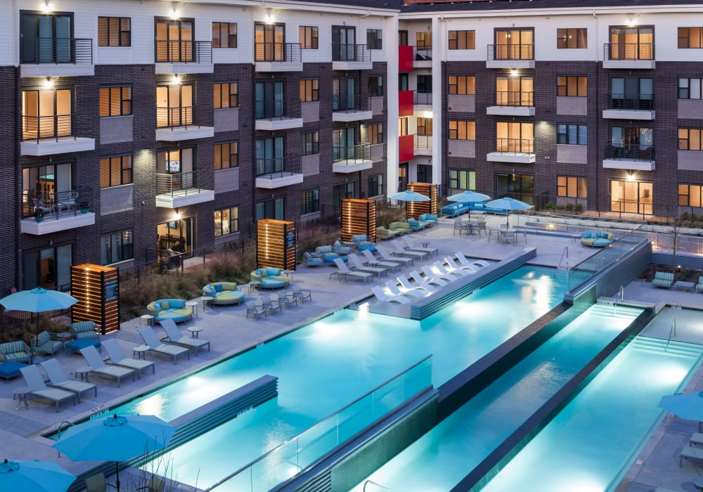 Resort-style swimming pool at Axis 3700 in Plano, Texas