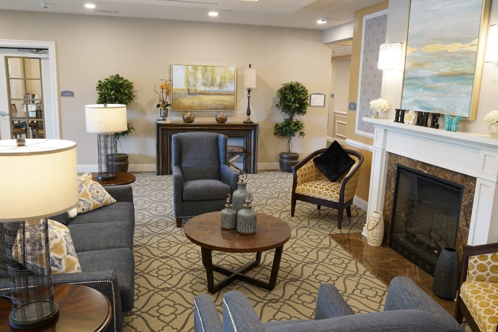 Lobby at Harmony at White Oaks in Bridgeport, West Virginia