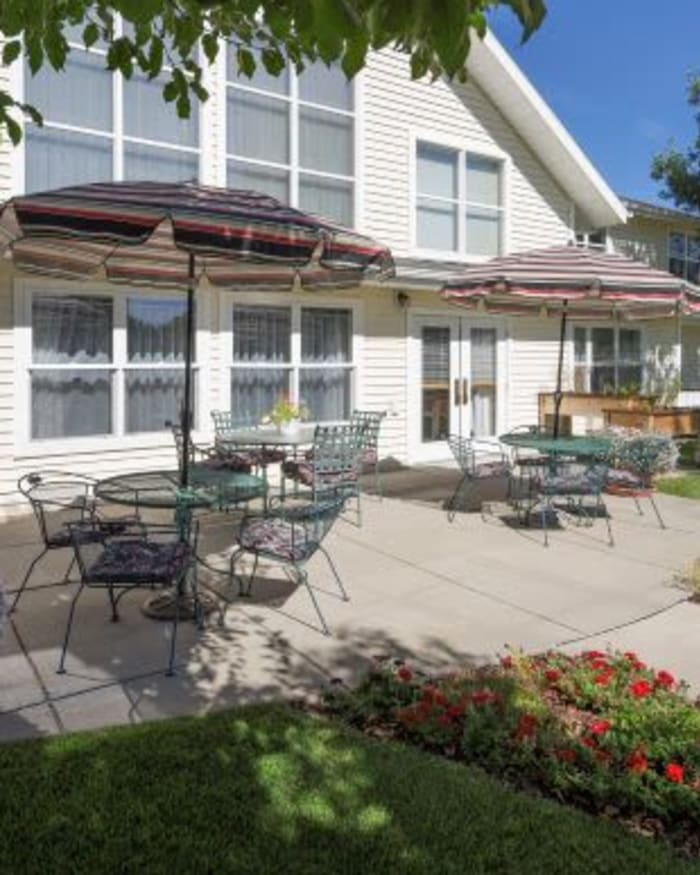 Tranquil Courtyard at The Springs at Grand Park in Billings, Montana