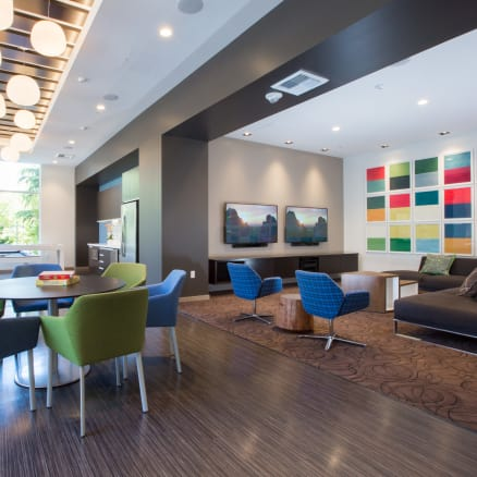 View the photo gallery for Cielo in Seattle, Washington