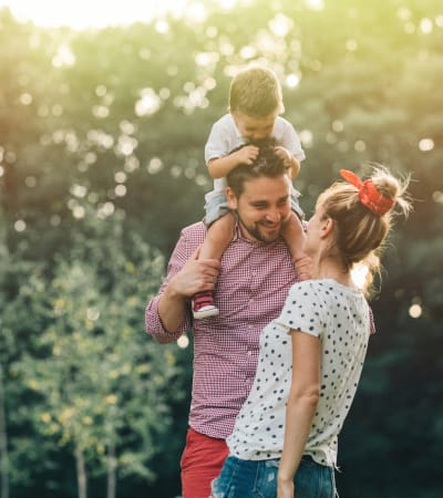 Young family at a park in Federalsburg, Maryland near Federalsburg Square Apartments