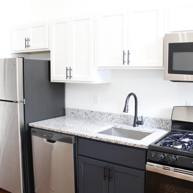 Beautiful kitchen at The Maven @ 806 in Louisville, Kentucky