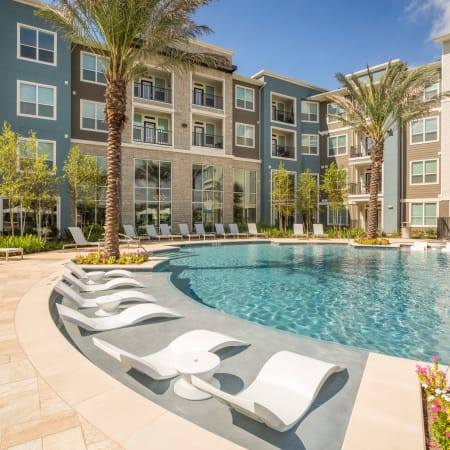 View our amenities at Greenhouse in Houston, Texas
