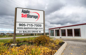 Apple Self Storage East Gwillimbury location