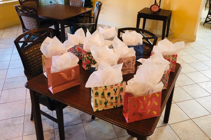 Gift bags for volunteers