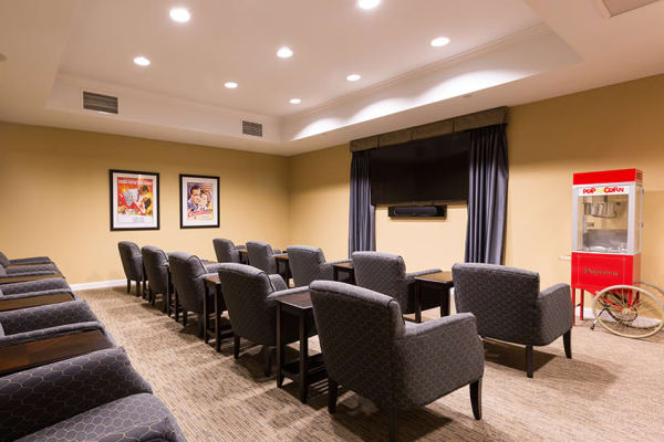 Month-to-Month Rentals at senior living community in Cary, IL