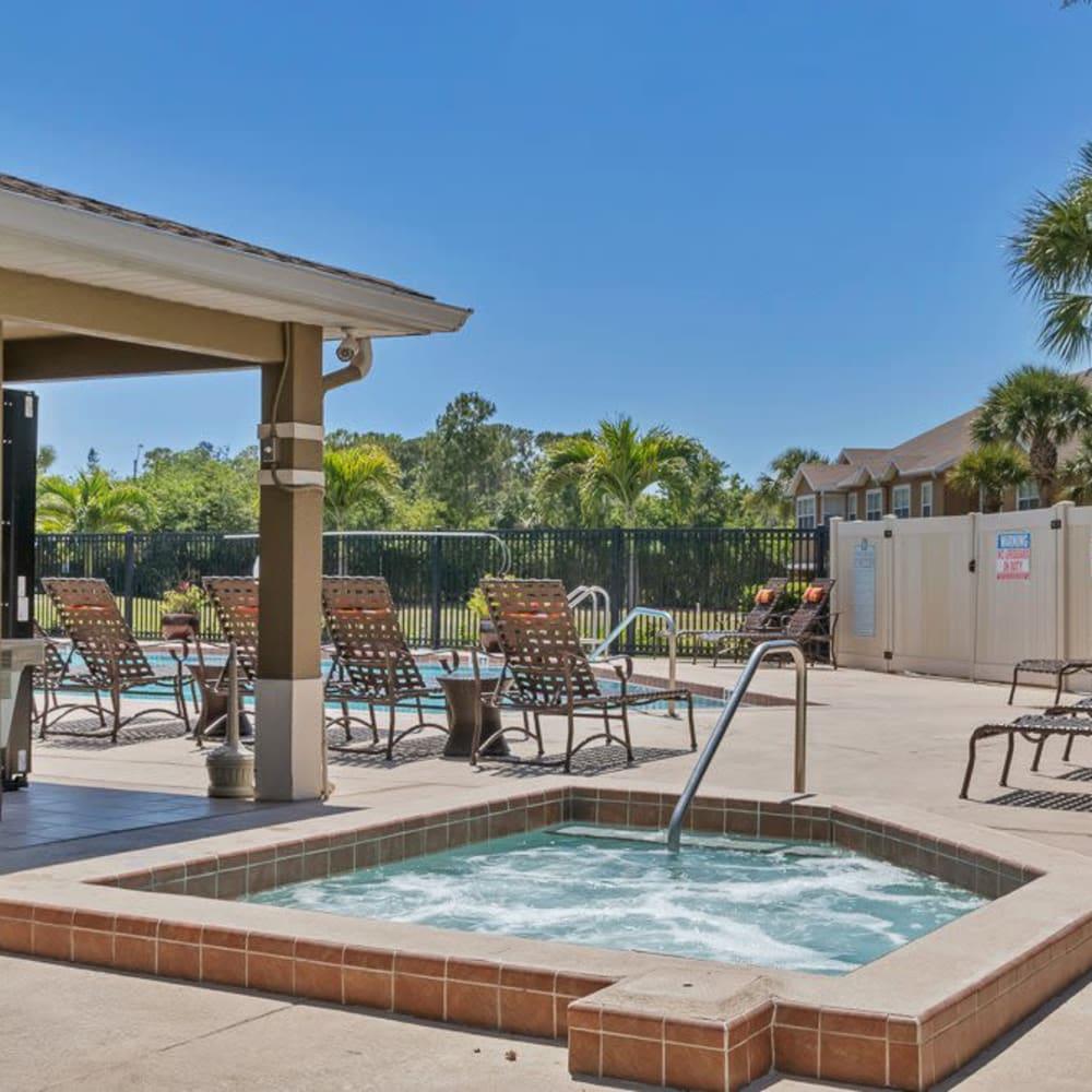 A hot tub at Calais Park Apartments in St Petersburg, Florida