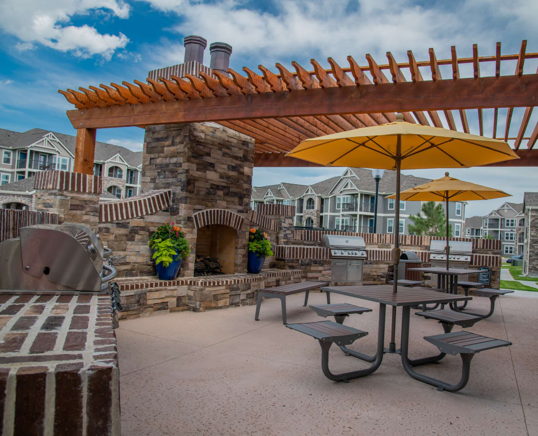 Grill and chill area at Cottages at Crestview in Wichita, Kansas