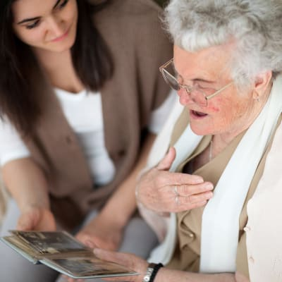 Memory care at The Hearth at Hendersonville in Hendersonville, Tennessee