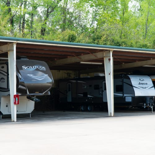 Covered RV parking at Red Dot Storage in Mandeville, Louisiana