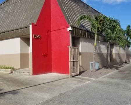 Front of the facility at StorQuest Self Storage in Honolulu, Hawaii