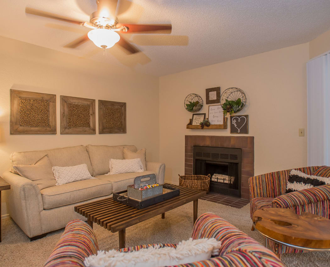 Wonderful living room at Woodscape Apartments in Oklahoma City, Oklahoma