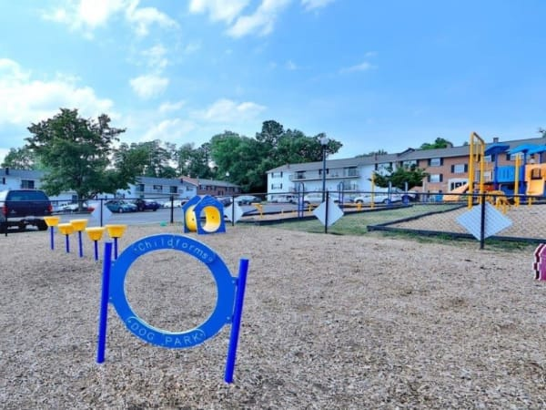 Dog Park at Towson Crossing Apartment Homes in Baltimore, MD