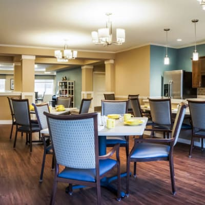 Casual bistro-style dining room at The Sanctuary at West St. Paul in West St. Paul, Minnesota