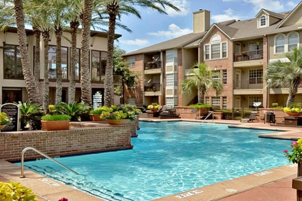 Sparkling Pool  At The Westmore at Bellaire Apartments