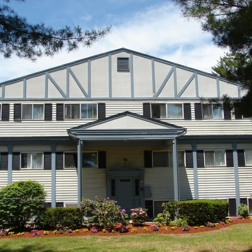 Woodlands apartments in Londonderry, New Hampshire