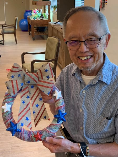 A Rolling Hills Estates (CA) resident proudly shows of their Independence Day Wreath.