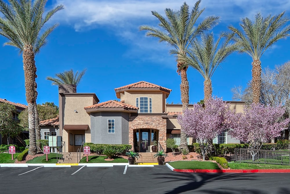 Exterior of Mariner at South Shores | Apartments in Las Vegas, Nevada