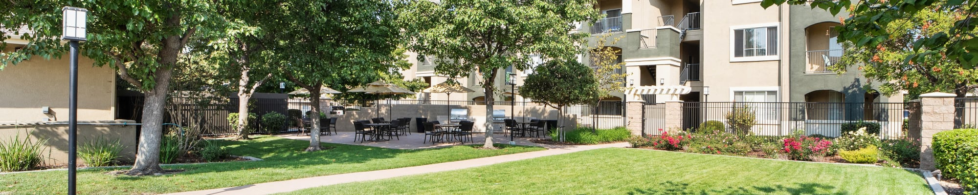Resident perks at Cross Pointe Apartment Homes in Antioch, California