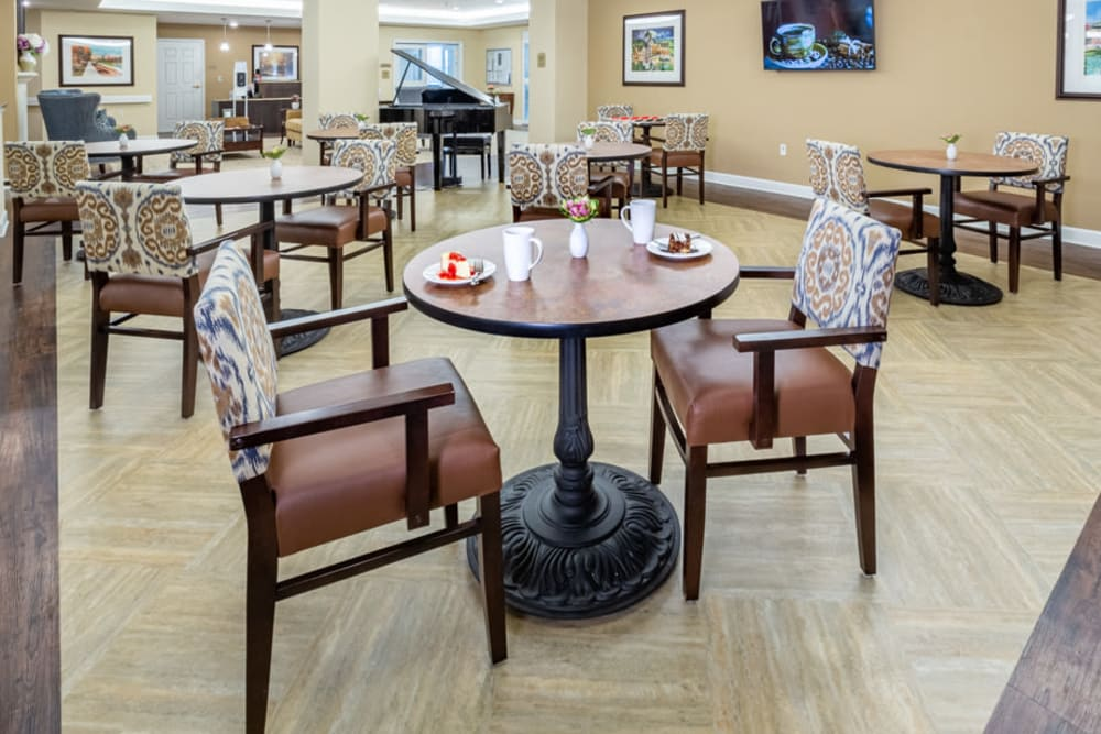 Bistro at The Harmony Collection at Roanoke - Assisted Living in Roanoke, Virginia