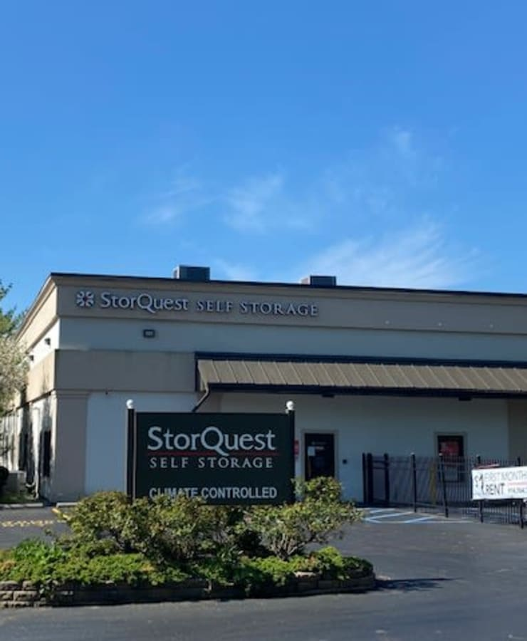 The exterior of the main entrance at StorQuest Self Storage in Thornwood, New York