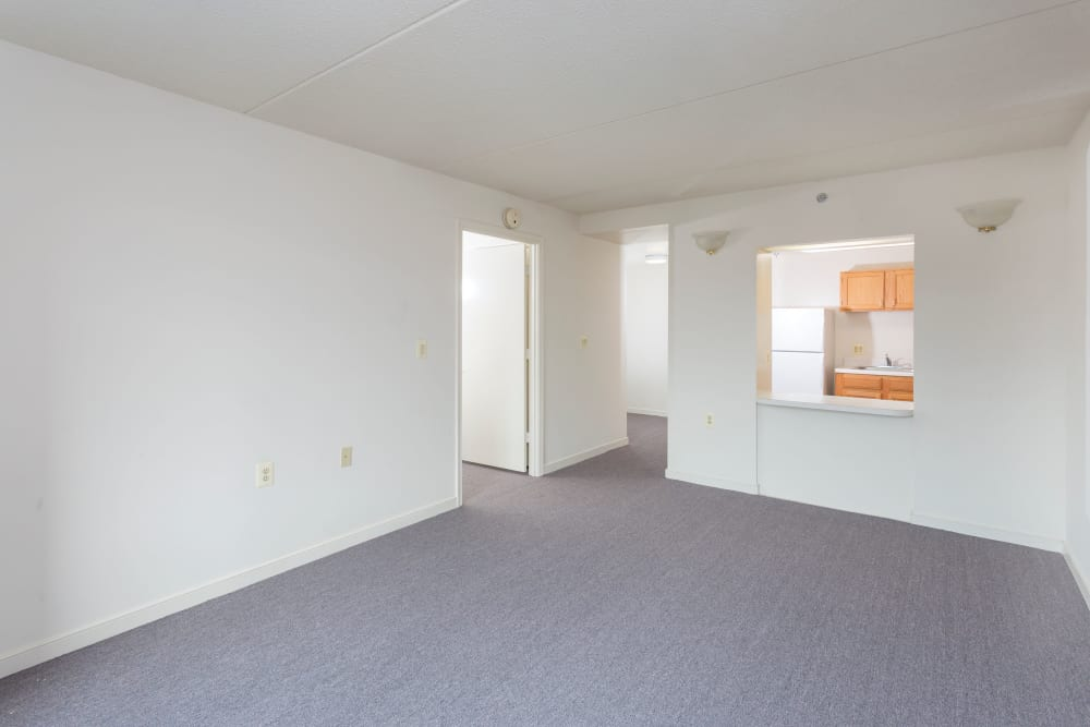 Spacious apartment at Weinberg Gardens and Weinberg Terrace in Pikesville, Maryland
