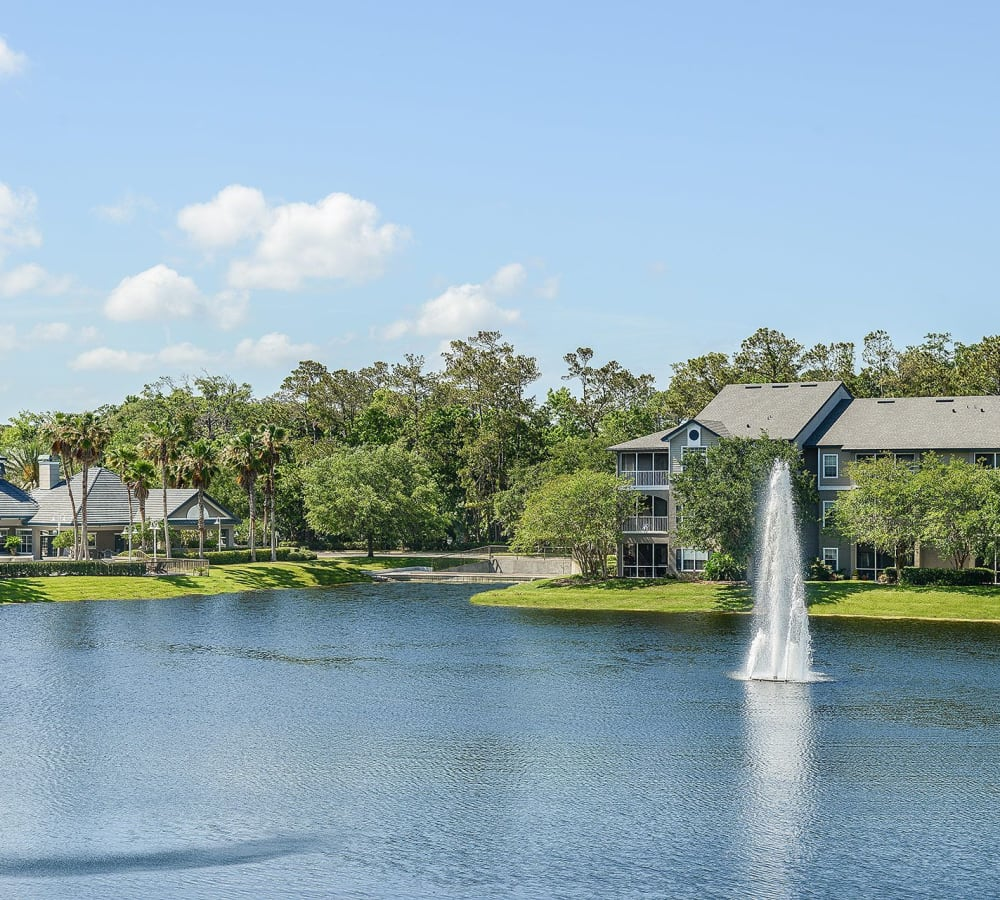 Onsite lake with a fountain in the middle at Ocean Park of Ponte Vedra in Jacksonville Beach, Florida