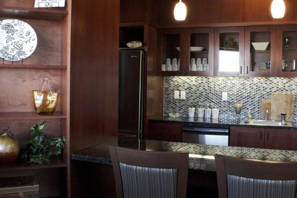 Elegant bar complete with oak finish at The Springs at Mill Creek in The Dalles, Oregon