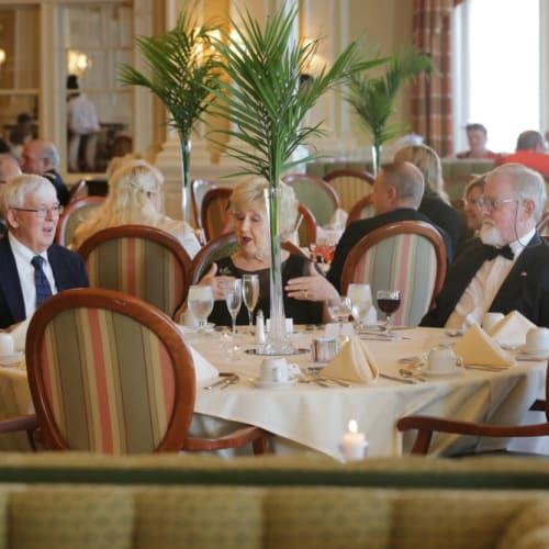 Residents dining at The Chamberlin in Hampton, Virginia