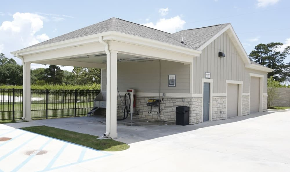 car care center at Springs at Country Club Apartments in Lake Charles, LA