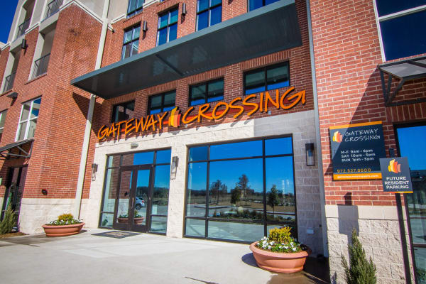 Gateway Crossing front entrance