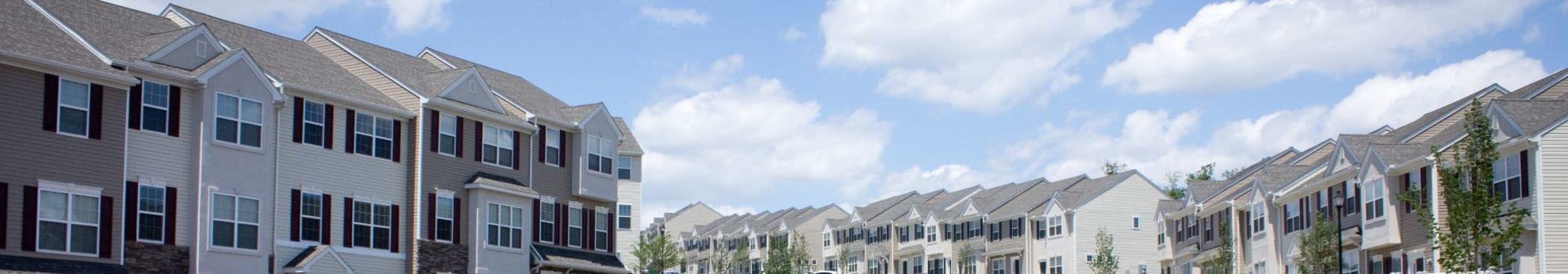 Emerald Pointe Townhomes offers a great neighborhood to its residents