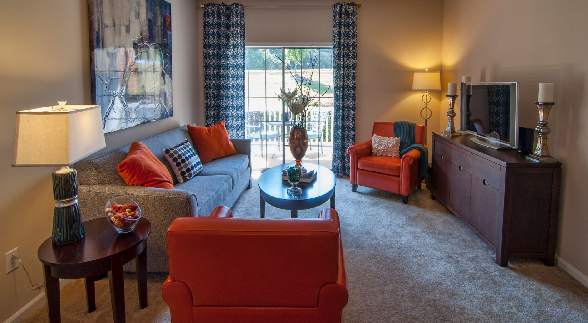 Schedule your tour of Amber Chase Apartment Homes in McDonough, Georgia