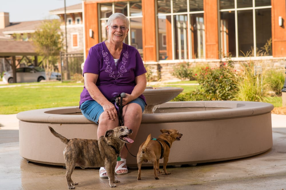 Bring your pets to Integrated Senior Lifestyles communities