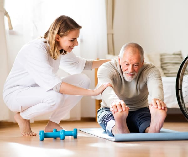 Senior physiotherapy at Omega Communities in Birmingham, Alabama