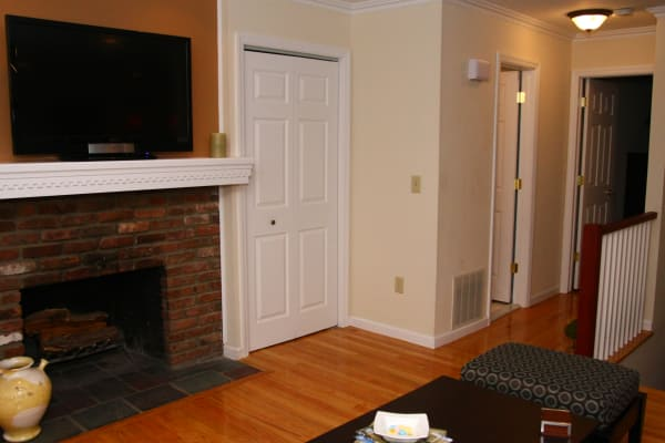 Beautiful apartments with hardwood floors in Brielle, New Jersey