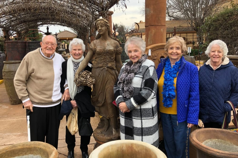 Community trip to go explore the nearby city and spend some time with all the residents enjoying a gorgeous day near Hilltop Commons Senior Living in Grass Valley, California
