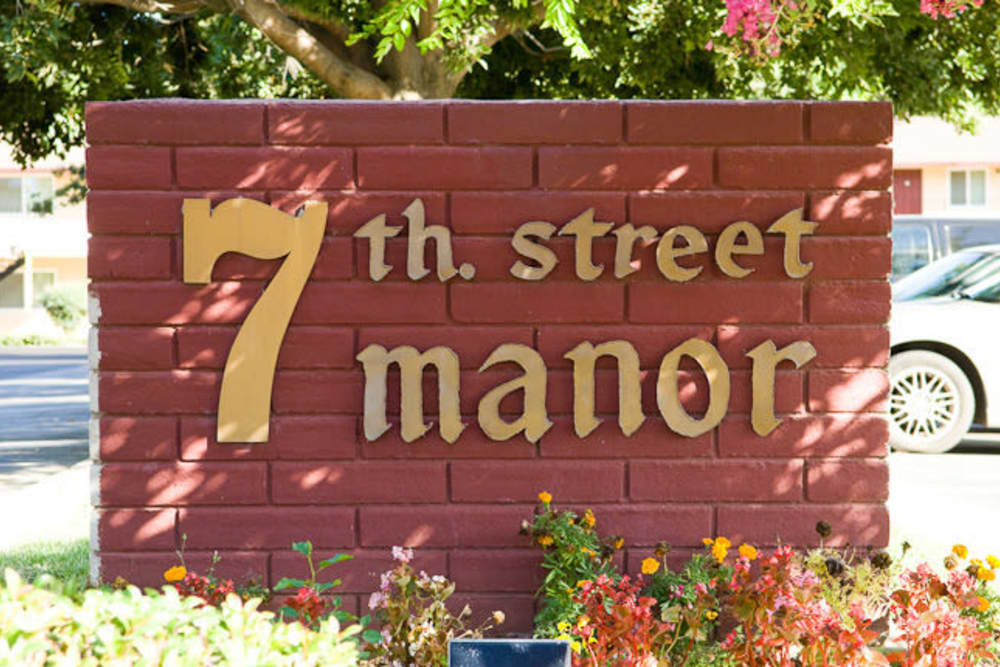 Welcome sign at 7th Street Manor in Chico, California