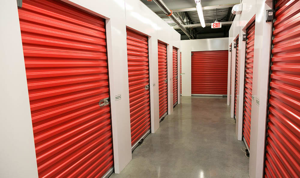 Spacious self storage units in Nanaimo