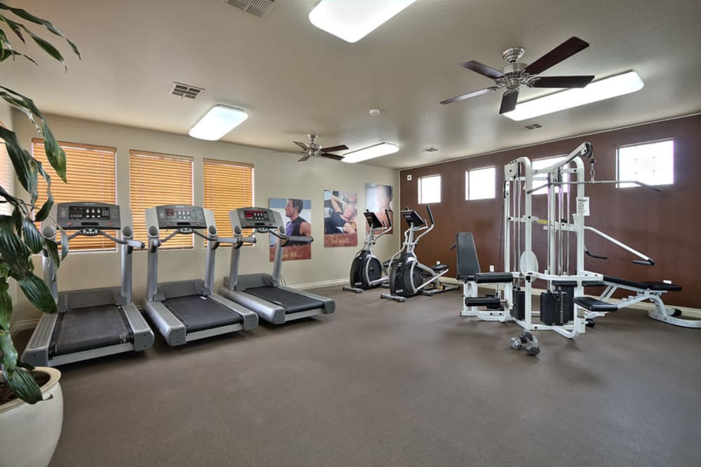 Cielo Apartment Homes offers apartments w/ a gym in Henderson, NV