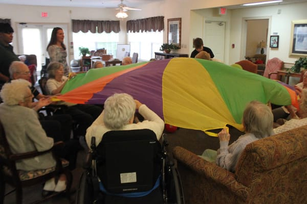 Residents and activities at Heritage Green Assisted Living in Mechanicsville, Virginia