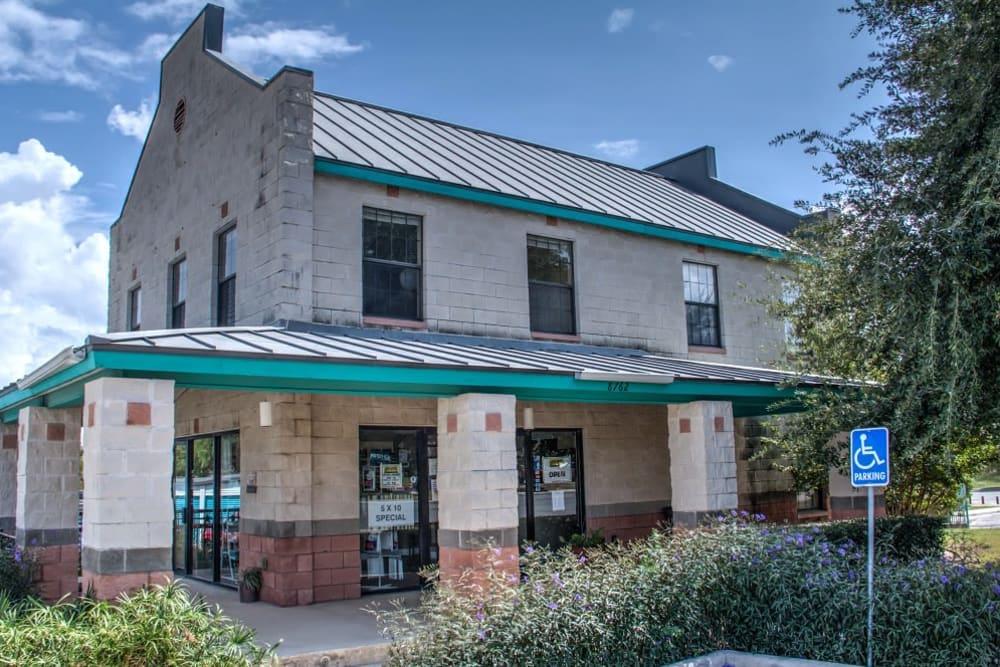 Front Office Exterior Lockaway Storage in San Antonio, Texas