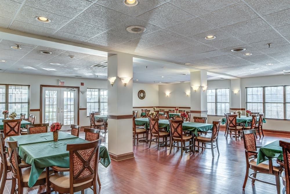 Dining area at Reflections Retirement in Lancaster, Ohio.