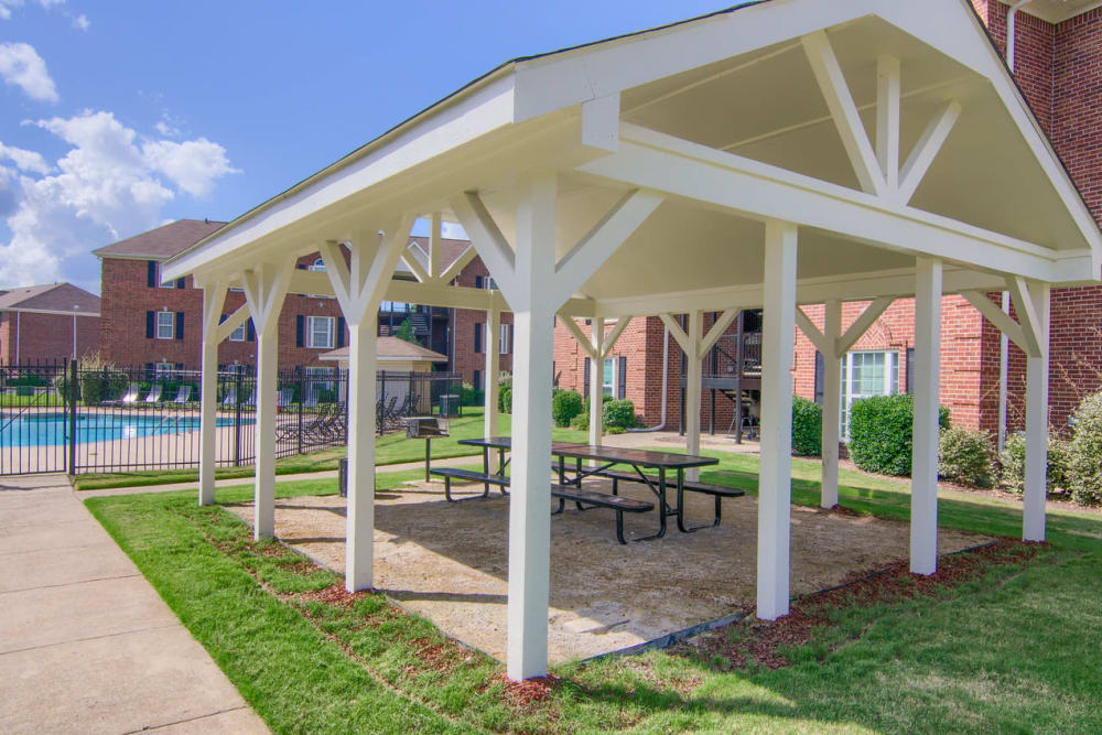 Covered picnic area at Annandale Gardens in Olive Branch, Mississippi