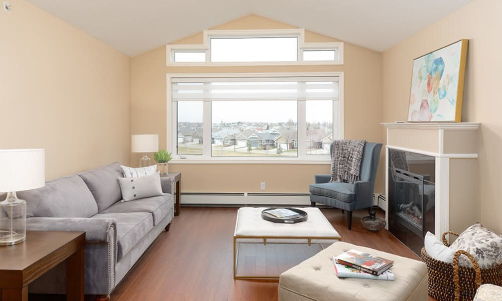 A living area in an apartment at Touchmark at Wedgewood in Edmonton, Alberta