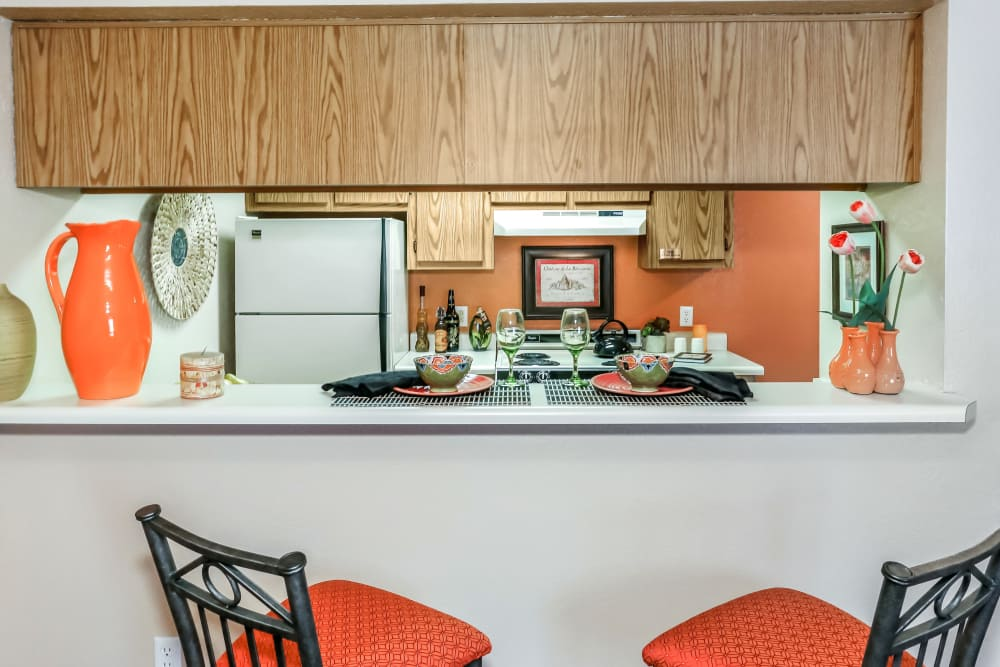 Visit our on-site Leasing Center to get your journey to becoming a Country Club at Valley View resident started!