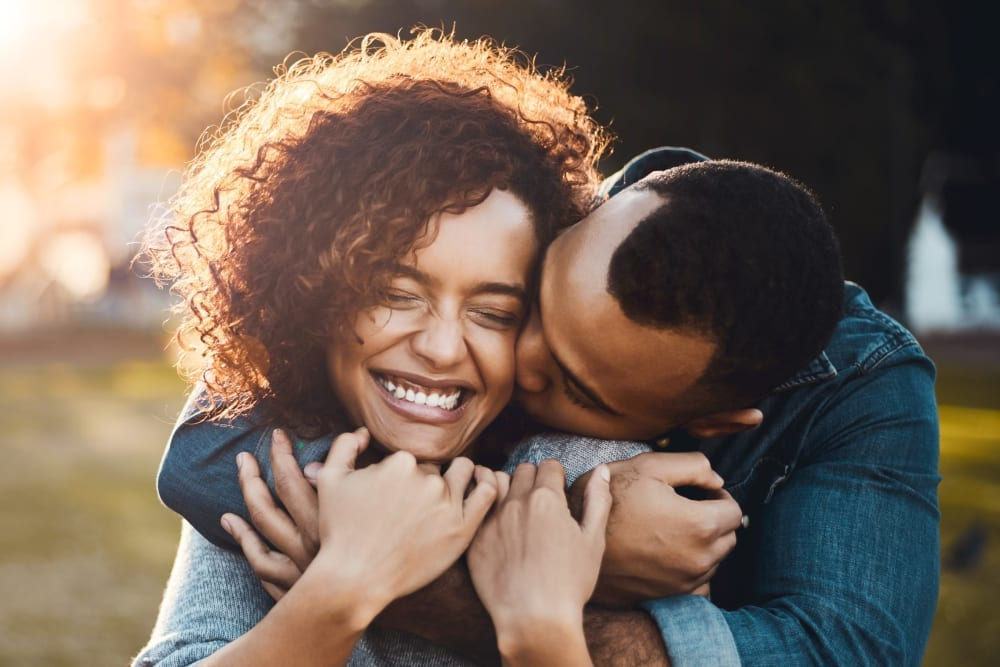 Resident couple loving their new life at Venu at Galleria Condominium Rentals in Roseville, California