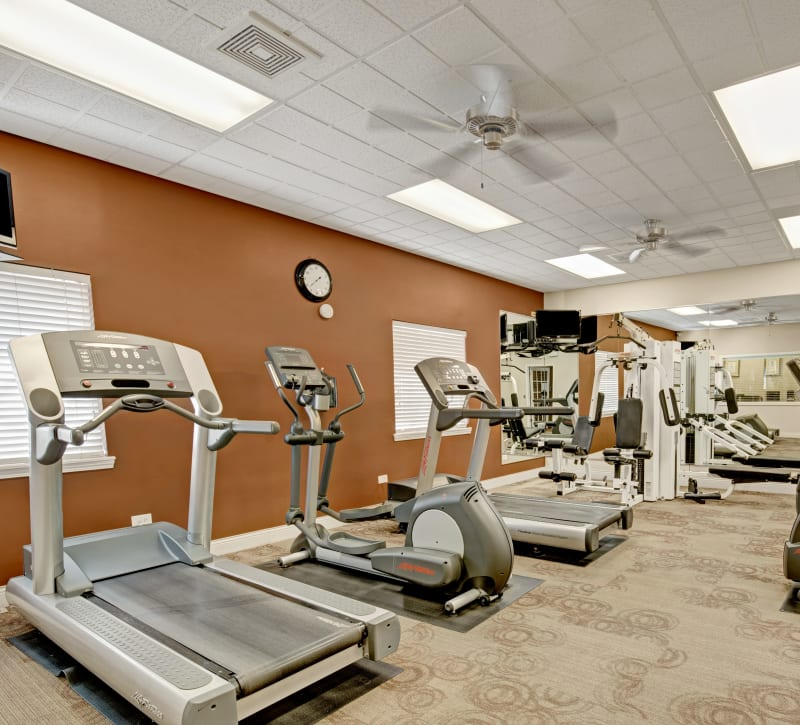Fully equipped fitness center at Blackhawk Apartments in Elgin, Illinois