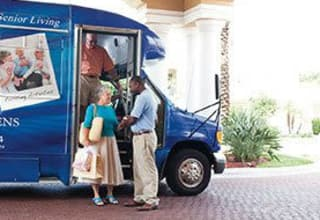 South Carolina senior living residents can get around by private bus